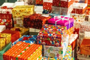 Какие подарки просят дети